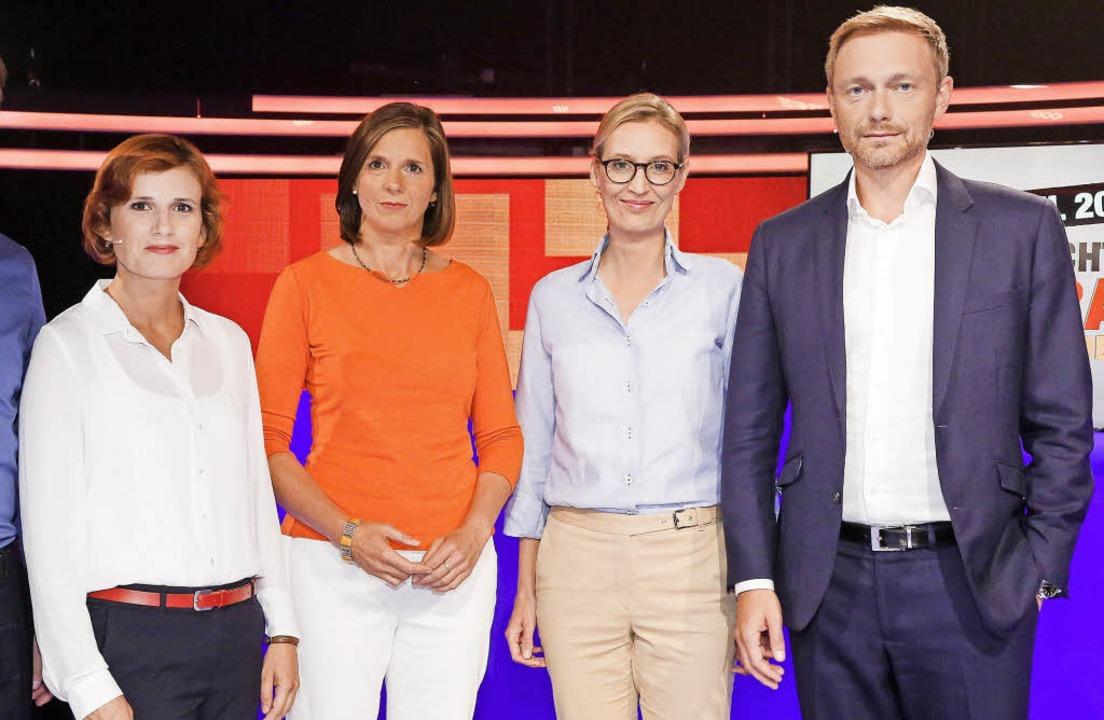 Die Kandidaten im Sat.1-Studio, von li...didatin), Christian Lindner (FDP-Chef)  | Foto: dpa