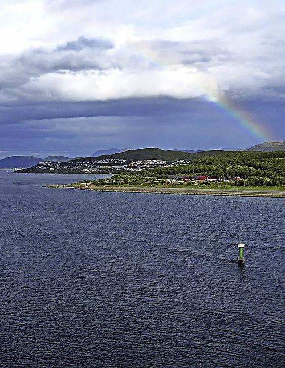 Norwegen wie aus dem Bilderbuch – und dazu ein Stück Regenbogen  | Foto: Alfred Globisch