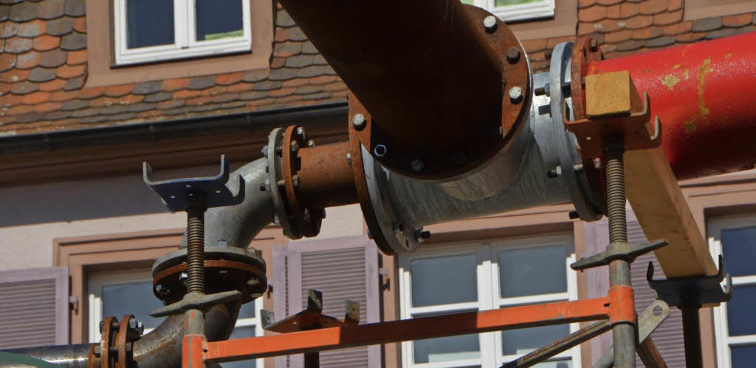 Pumpen und Umleitungsrohre wandern wei...ginnt der dritte Sanierungsabschnitt.   | Foto: Gerhard Walser
