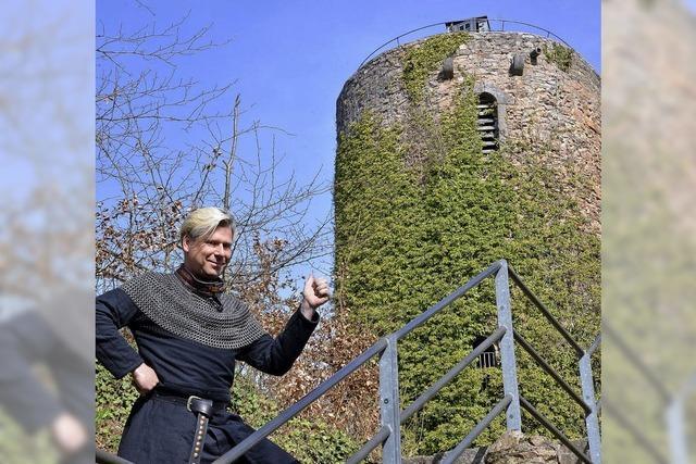 Schauspielerische Burgführung mit Markgraf Wilhelm von Hachberg-Sausenberg in Kandern
