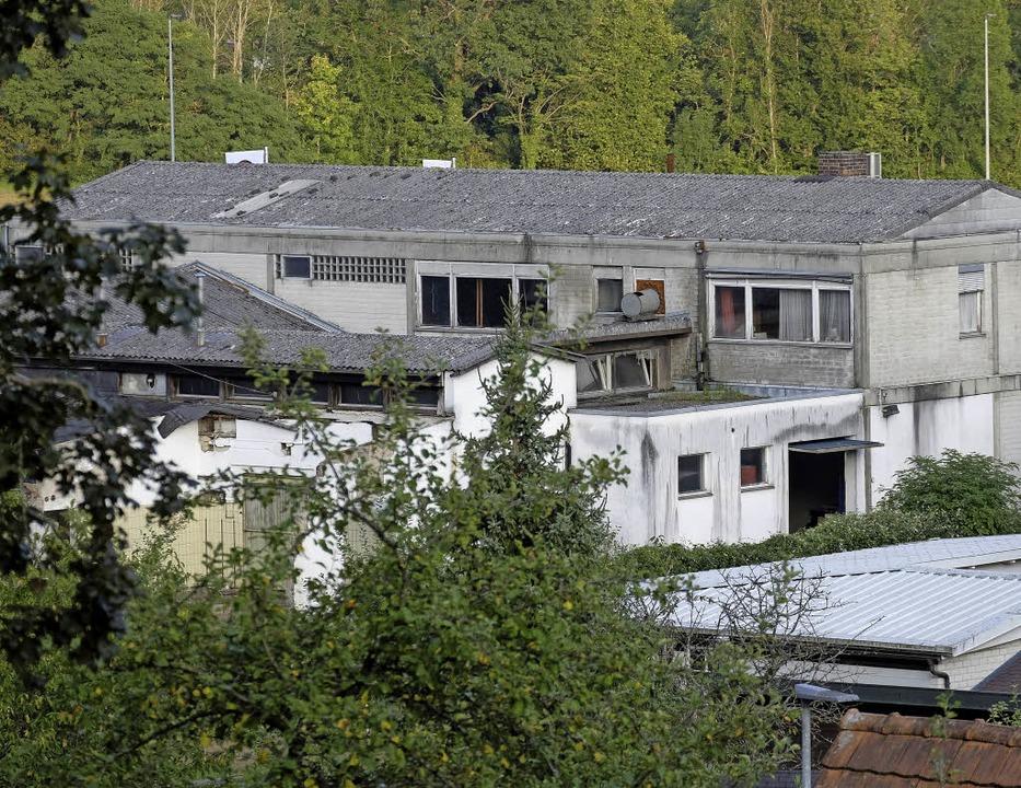 Auf dem Areal der stillgelegten Konfit...ilienhäuser mit Tiefgarage entstehen.     Foto: Dietmar Noeske