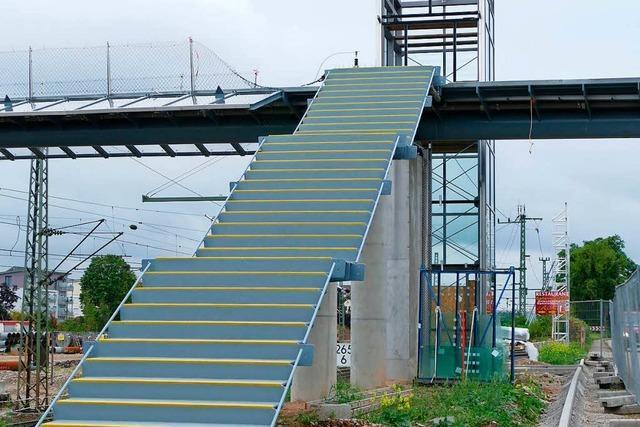 Geländer am Fußgängersteg in Haltingen wurde fast vergessen