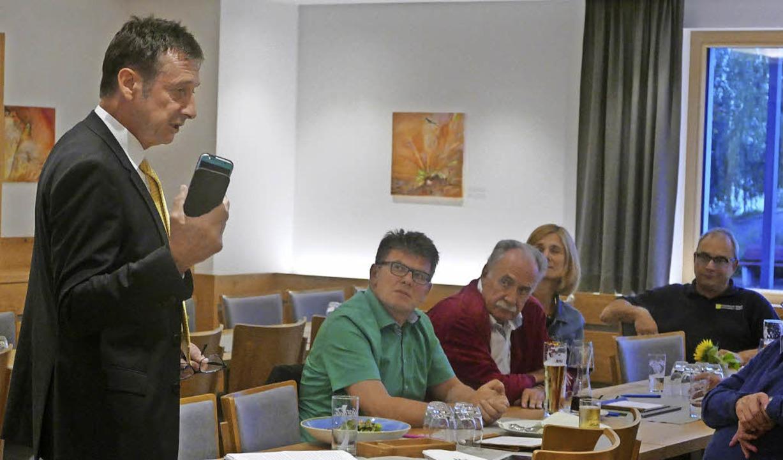 Digitalisierung war ein Thema, das FDP...m Donnerstag auf dem Rührberg anriss.   | Foto: Verena Pichler