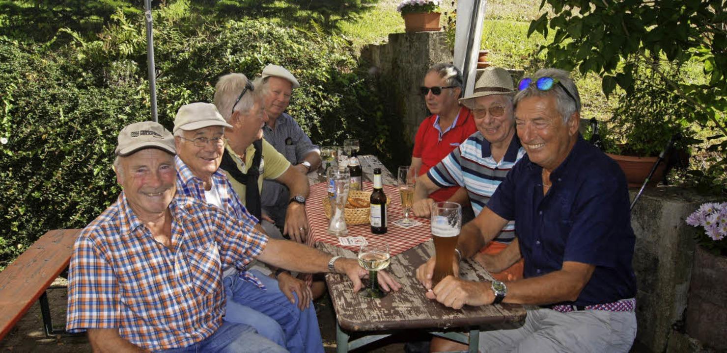 Einige Vertreter der kampfstarken Elza...nstagswettkampf auf der Fischerhütte.   | Foto: Roland Gutjahr