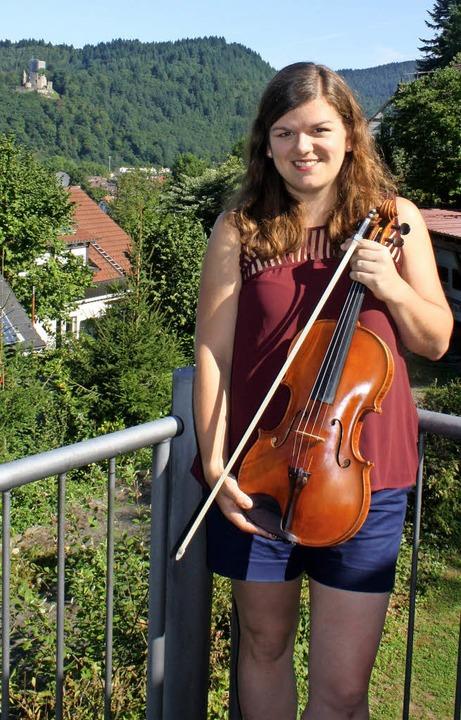Sarina Zickgraf auf Heimatbesuch in Waldkirch     Foto: Hildegard Karig