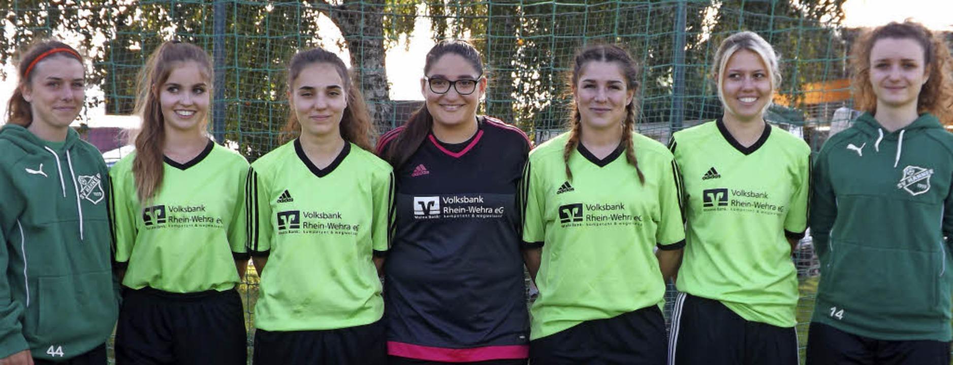 Neu beim SVH: Lorena Opitz, Julia Gers...ter und  Larissa Thomann (von links)      Foto: Jörn Kerckhoff