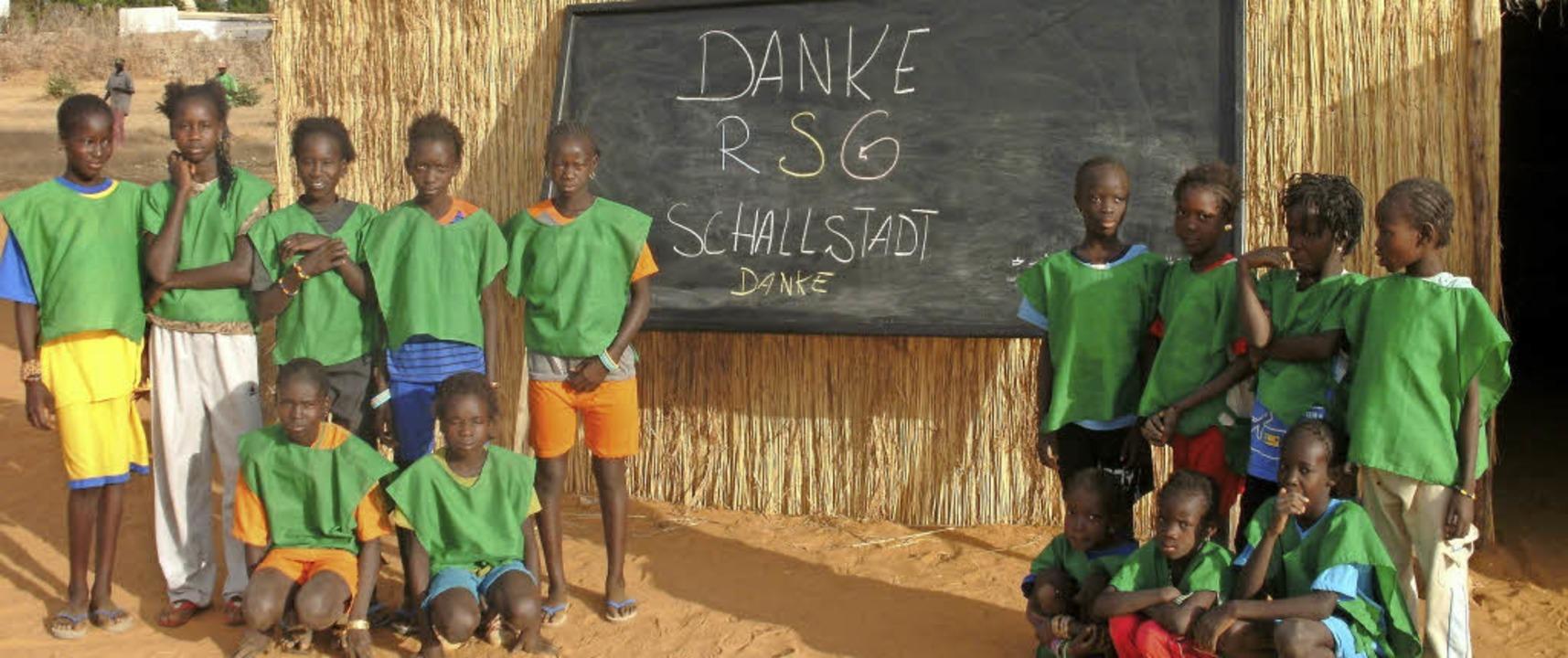 Schüler im Senegal bedanken sich für die Unterstützung aus Schallstadt.    Foto: privat