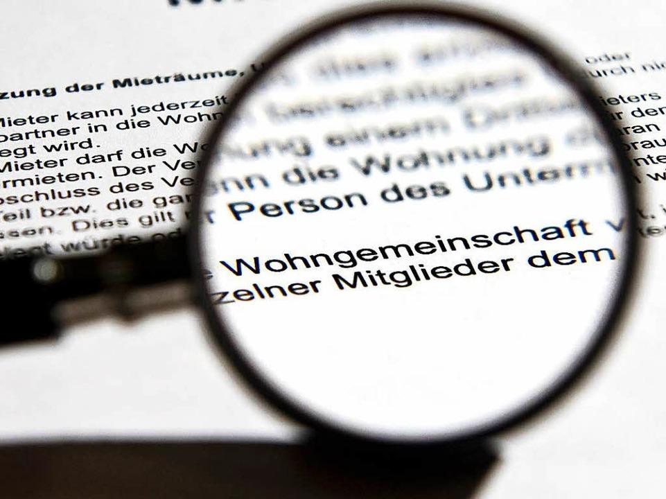 Ein Staatsvertrag zwischen den Bundesl...Wohngemeinschaften steht darin nichts.  | Foto: Jens Schierenbeck/dpa/tmn