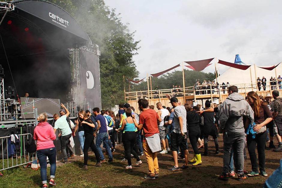 Tanzen und feiern: tausende Besucher kamen zum Grenzenlos-Festival nach Weil am Rhein. (Foto: Yvonne Siemann)