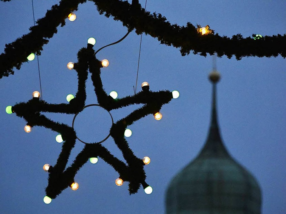 Die Stände für den Weihnachtsmarkt am ...e Absagen gehen dieser Tage auch raus.    Foto: Michael Bamberger