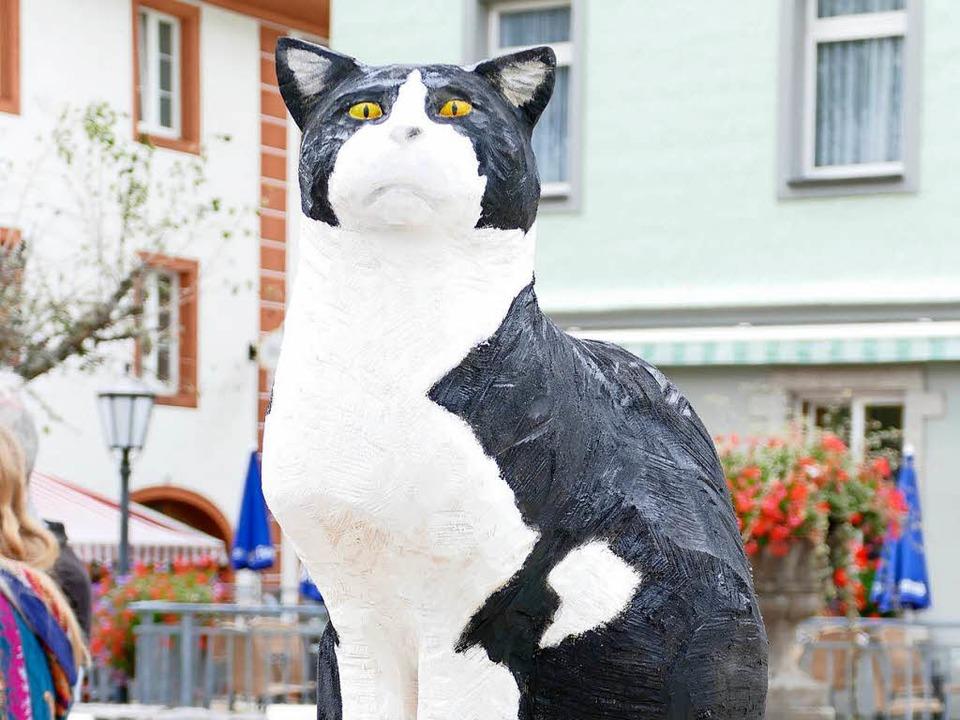 """Stadtkater Felix"" erzielt... höchste  Summe von allen Kunstwerken.    Foto: Claudia Renk"