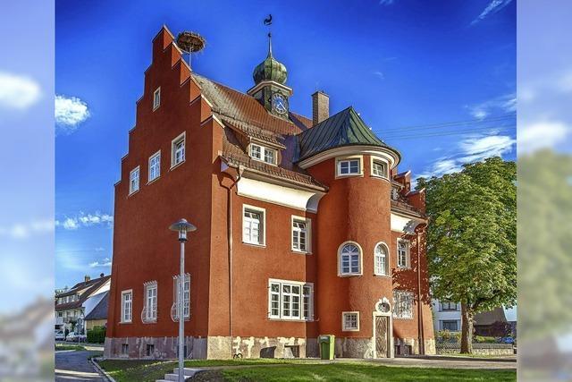 Neuer Glanz für das rote Rathaus