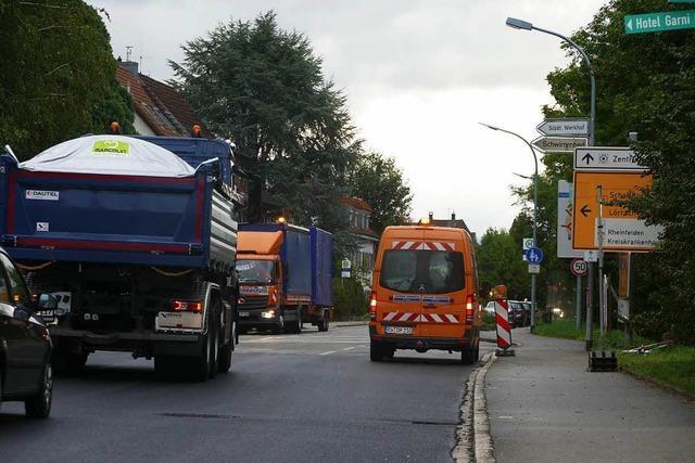 Verkehr auf der Warmbacher Straße rollt wieder