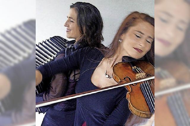 Das Duo Sylvia Oelkrug und Cordula Sauter in Buchenbach
