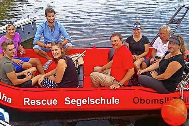 Segeler taufen neues Boot