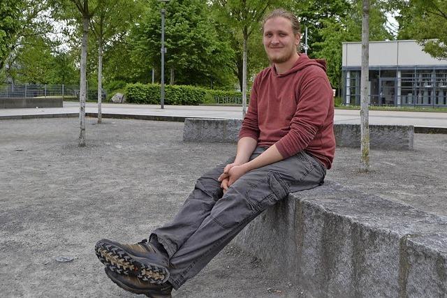 Lukas Hattenbach ist Schulsozialarbeiter an der Theodor-Heuss-Realschule