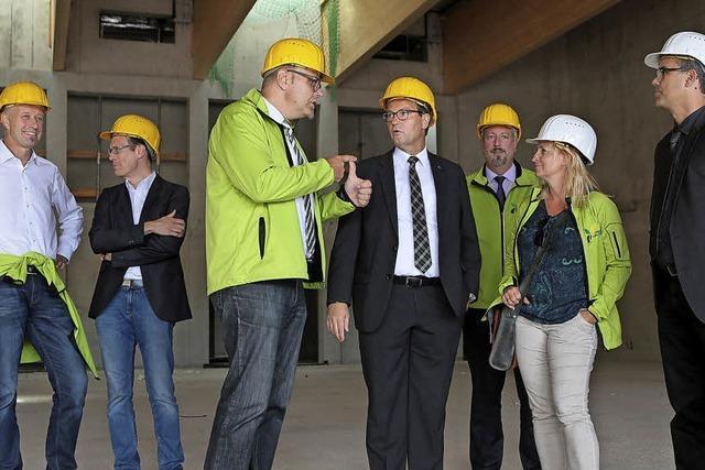 Minister besichtigt Gelände der Gartenschau