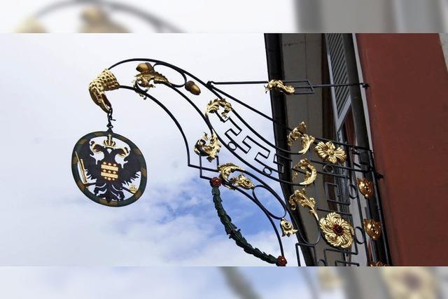 140 Stunden Arbeit für das Gasthaus-Schild des Goldenen Adlers
