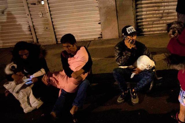 Schweres Erdbeben vor Mexikos Pazifikküste: Todesopfer und Tsunamiwarnung