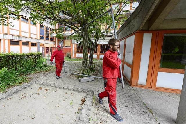 Stadt Freiburg sperrt marodes Haus Weingarten samt Kindergarten