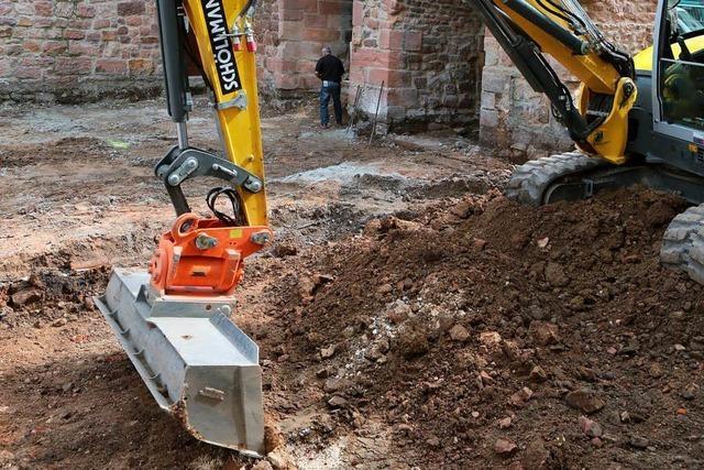 Beim Lahrer Storchturm wurden alte Mauerreste entdeckt
