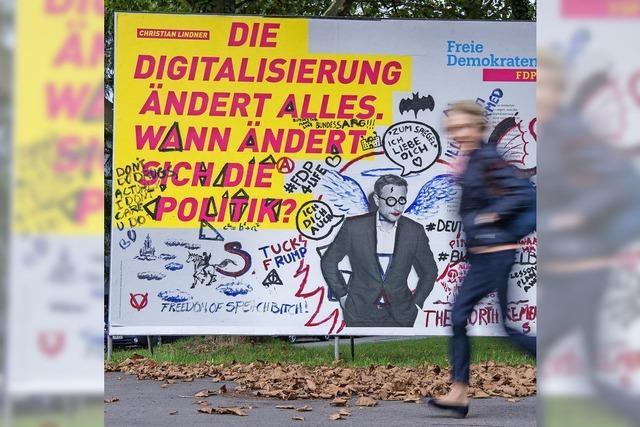 Wahlplakate verschandelt