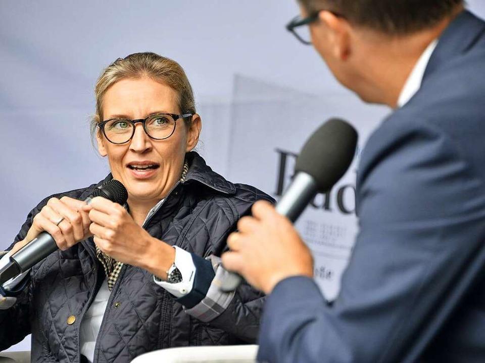 Alice Weidel im Gespräch mit Thomas Fricker.  | Foto: Michael Bamberger