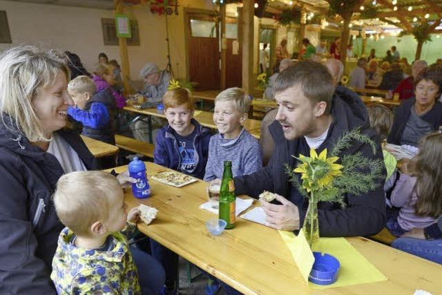 Waltershofener feiern harmonisches Fest trotz der Regenwolken