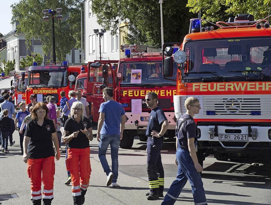 Viele Gäste besichtigten die Einsatzfa...ie hier von der Müllheimer Feuerwehr.   | Foto: Volker Münch
