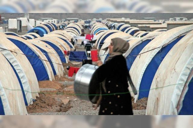 In einem Flüchtlingslager wohnen IS-Familien und IS-Opfer eng beieinander