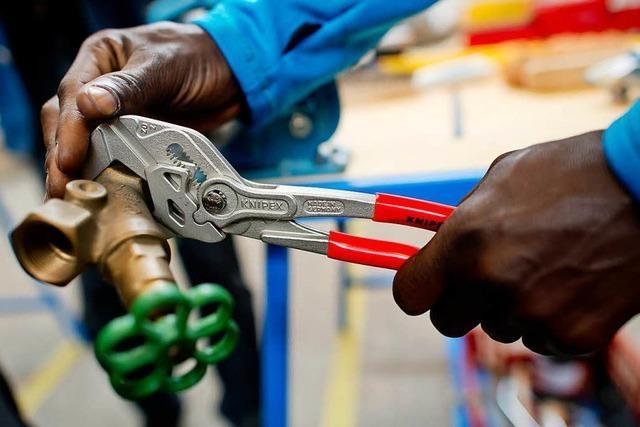 Handwerkskammer beklagt Hürden bei Integration von Flüchtlingen in den Arbeitsmarkt