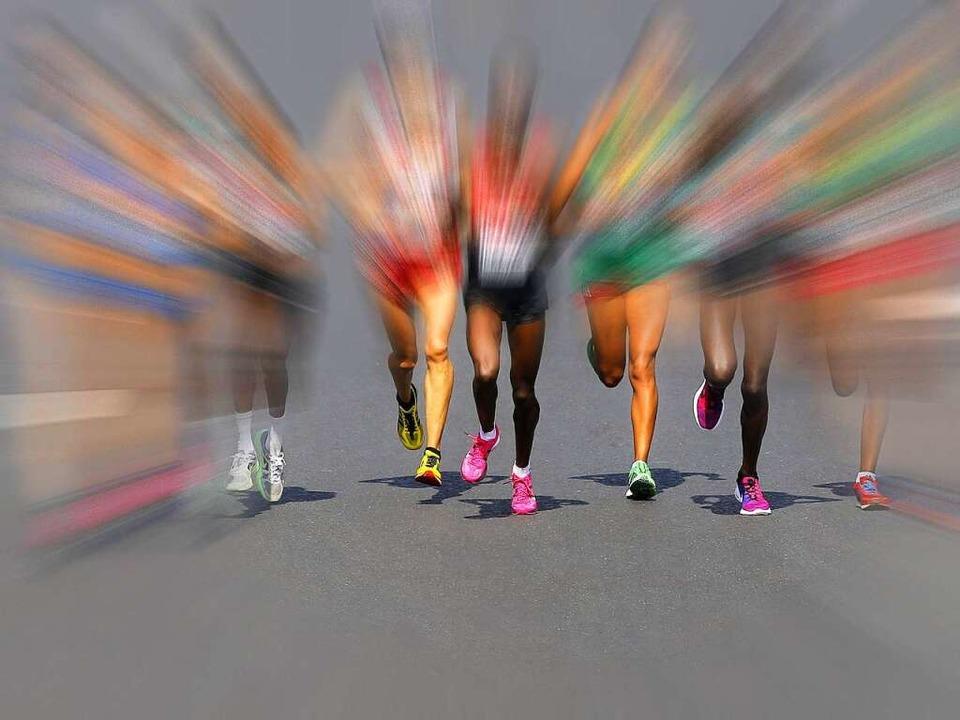 Die Laufszene ist so bunt wie die Gese...icht bei  deutschen Meisterschaften.    | Foto: dpa, Stn (2)