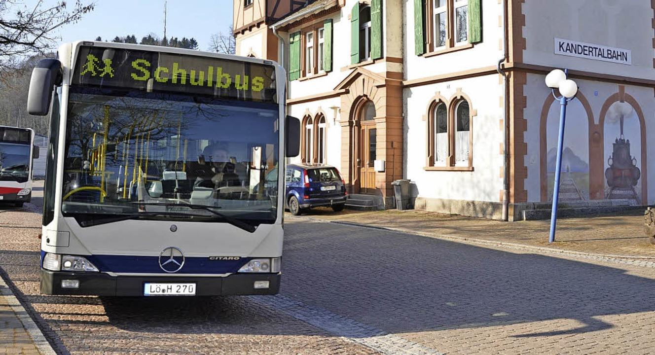 Nicht nur per Bus, sondern auch mit de...sen Wunsch haben Viele im  Kandertal.   | Foto: Maier