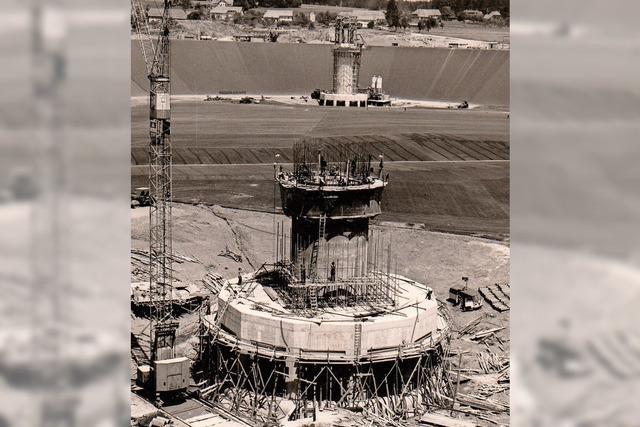 Generatoren und Turbinen auf modernem Stand