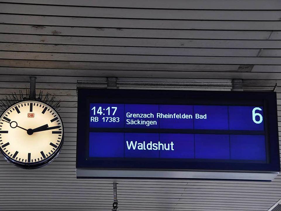 Über den Badischen Bahnhof in Richtung...ann für Asylbewerber gefährlich sein.   | Foto: Gra