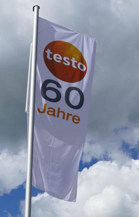 60 Jahre feiert Testo in diesem  Jahr....chergruppe eine  Wärmebildkamera vor.     Foto: Peter Stellmach