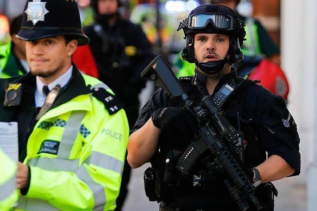 Polizei nimmt Tatverdächtigen in Dover fest