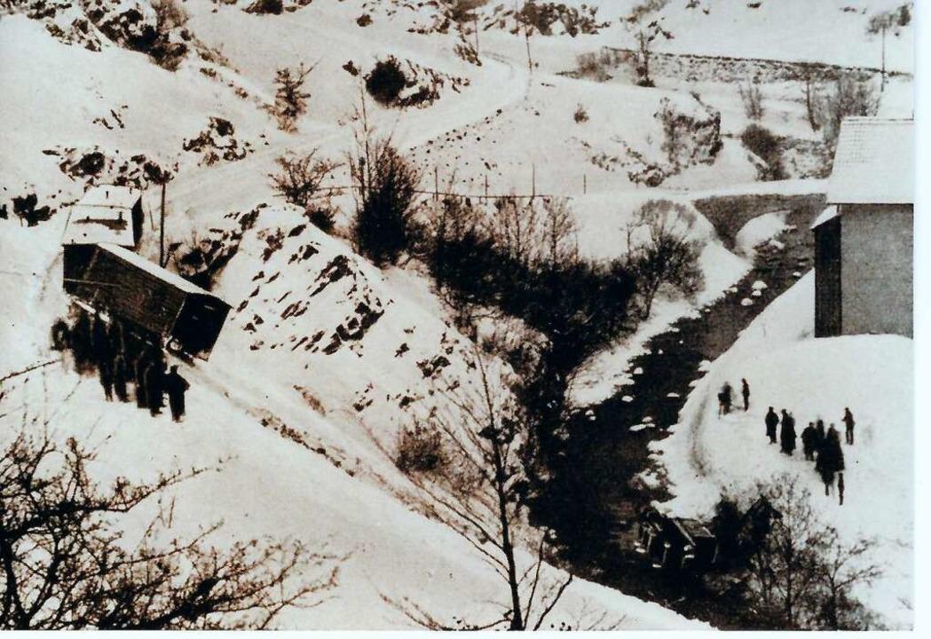 Der schwerste Unfall geschah 1895 beim... stürzte in die vorbeifließende Wiese.  | Foto: Archiv Benno Dörflinger