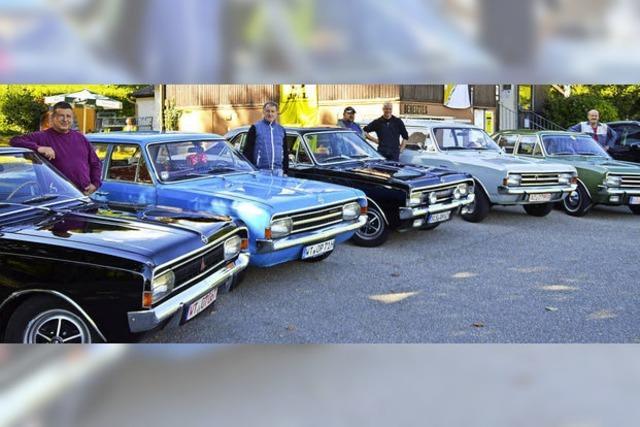 Stelldichein der alten Opel-Blitze