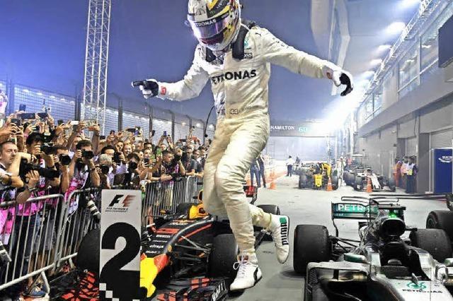 Crash wirft Vettel aus dem Rennen