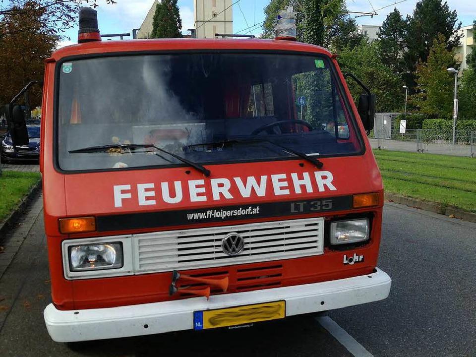 Die Polizei sucht nach einem außer Die...ehrauto mit holländischem Kennzeichen.  | Foto: Polizeirevier Freiburg