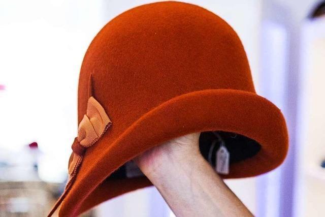 Freiburger Modistin entwirft Hüte – einst auch für Lady Diana