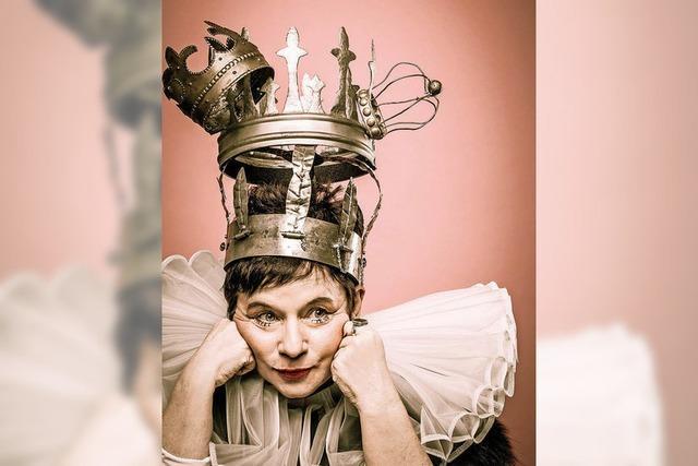 Freiburg: Bea von Malchus und ihr neues Erzähltheaterprogramm