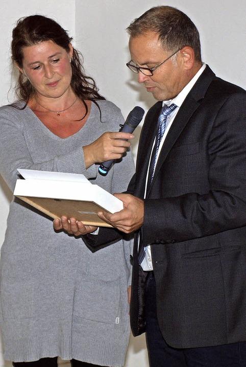 Michaela Nock verpflichtete Bürgermeis...emeinderat auf seine dritte Amtszeit.   | Foto: Michael Haberer