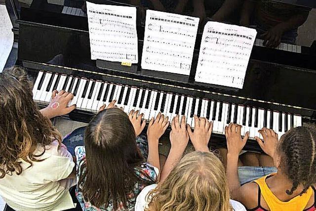 Profis schulen Wehrer Nachwuchspianisten