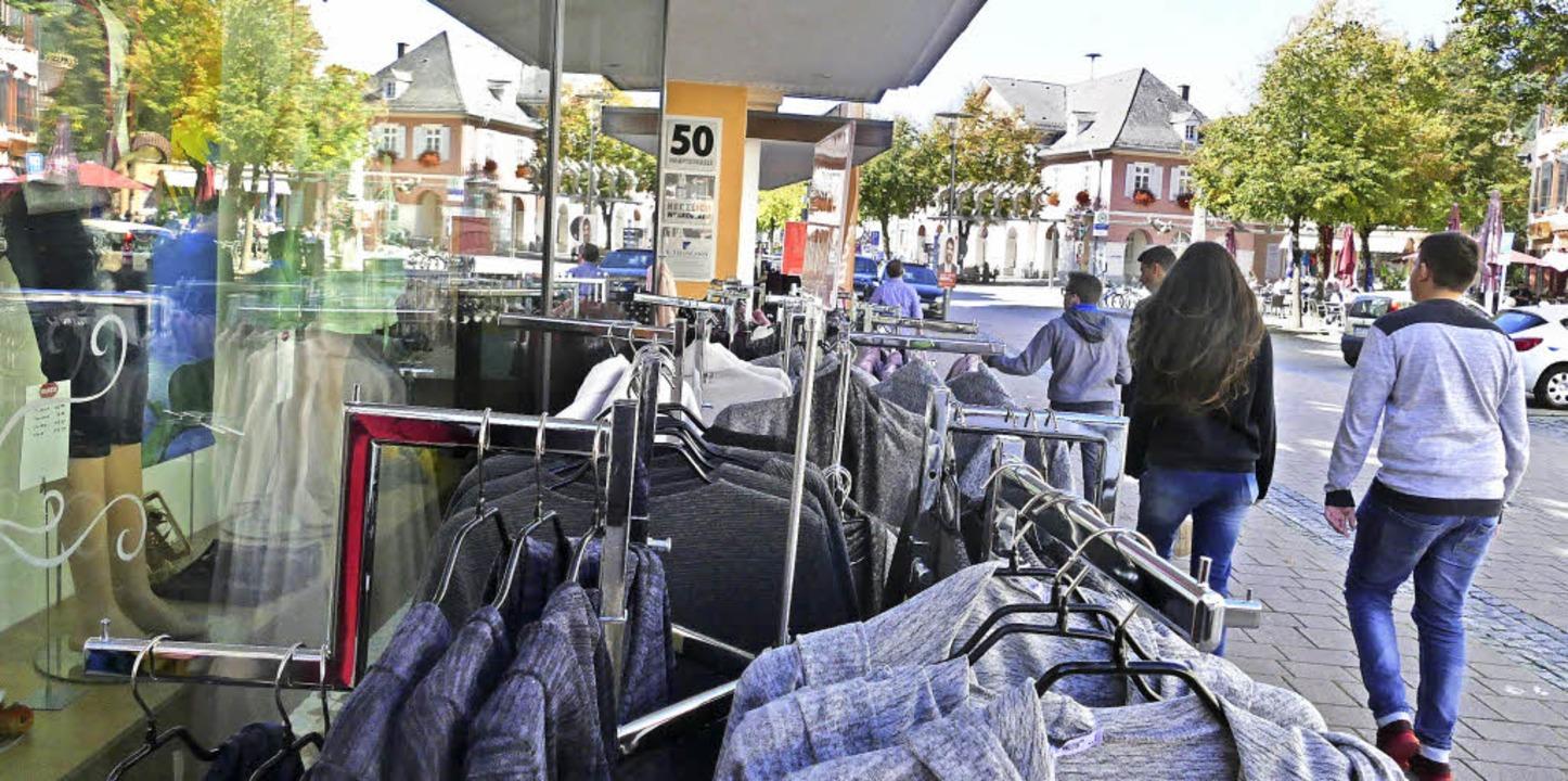 Wie anziehend sind die Stadt  Schopfhe...ibt es auch eine  Passantenbefragung.   | Foto: André Hönig