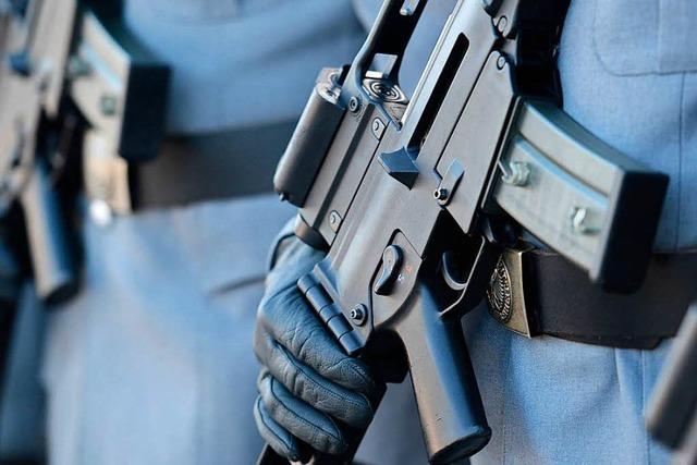 Flugblätter verteilt – keine Strafe für Rüstungsgegner