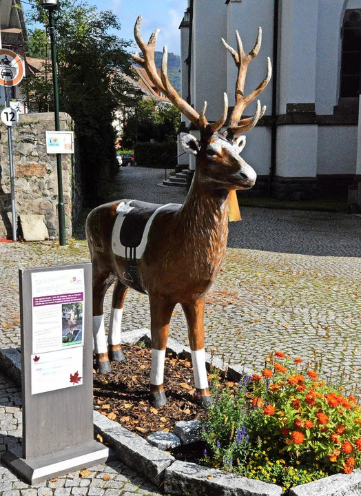Hirsch Fridu als  Hirschfestsymbol   | Foto: E. Steinfelder