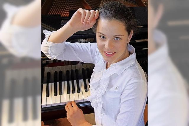 Drei Freiburger 1. Preisträger beim Bundeswettbewerb Jugend musiziert in der Sparte Klavier gastieren in Staufen