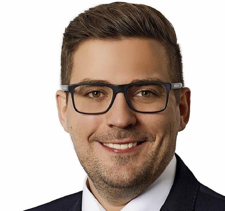 Rafael Mathis, seit 7,5 Jahren Leiter ...iederbach, will Bürgermeister werden.   | Foto: privat